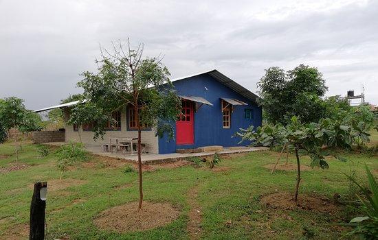 Oddamavadi, Sri Lanka: The hostel: a ranch house dormitory...