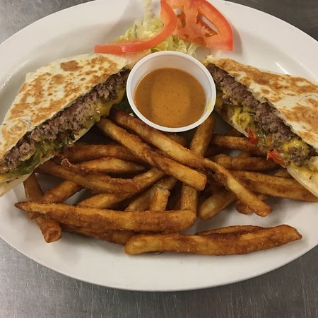 Sinclair, WY: Quesadilla Burger