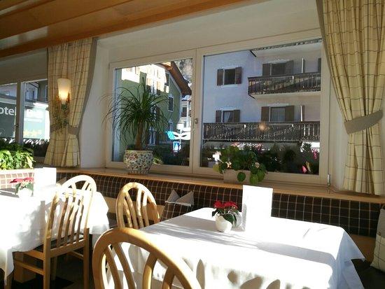 Hotel garni planaces prices reviews ortisei italy for Boutique hotel ortisei