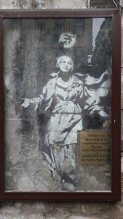 Risultato immagini per madonna con la pistola