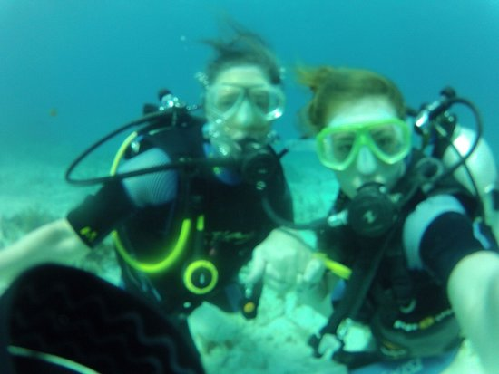 Squalo Adventures PADI Dive Resort #22312 : Thrilled to dive with my daughter !!