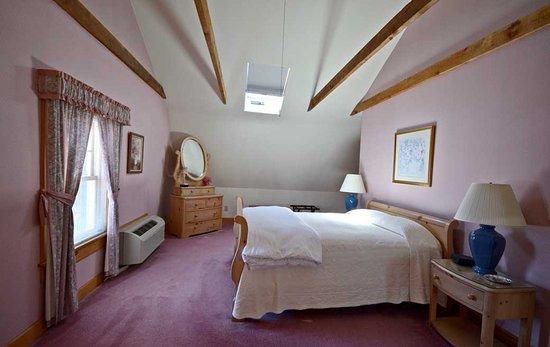 South Shire Inn Photo