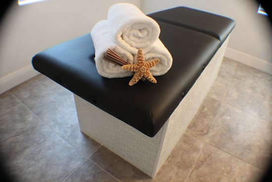 Treat yourself with a luxurious full body hydrating scrub or a riverside spa treat yourself with a luxurious full body hydrating scrub or a contour body solutioingenieria Images