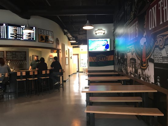 What's On Tap: Table seating