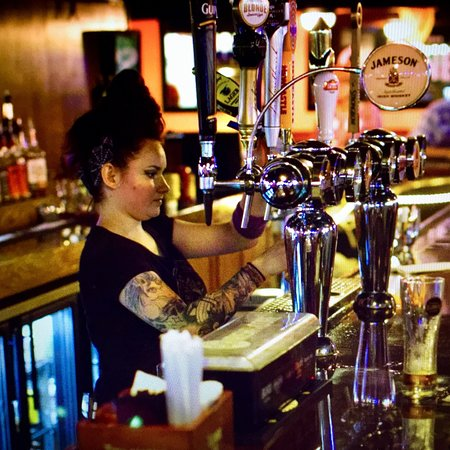 Edgewood, Флорида: McGinnty's Irish Pub