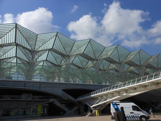 Estacao Gare do Oriente: the imposing Oriente station