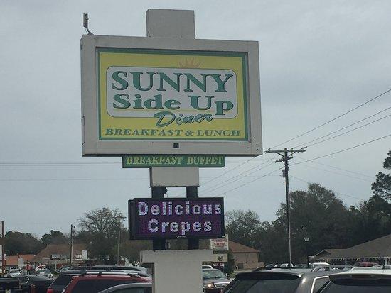 Sunny Side Up Diner: Sign