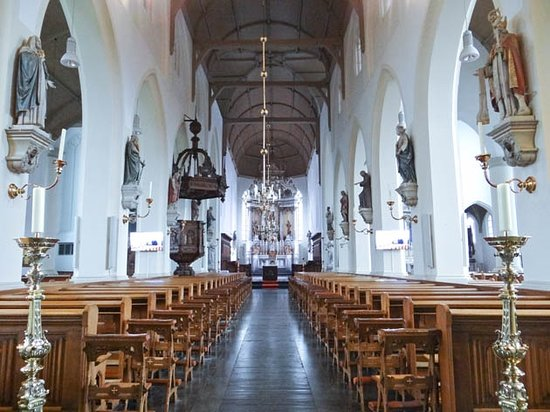 Hilvarenbeek, Nederländerna: church interior