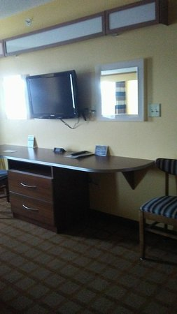 Microtel Inn & Suites by Wyndham Dickson City/Scranton: 20170801_104405_large.jpg