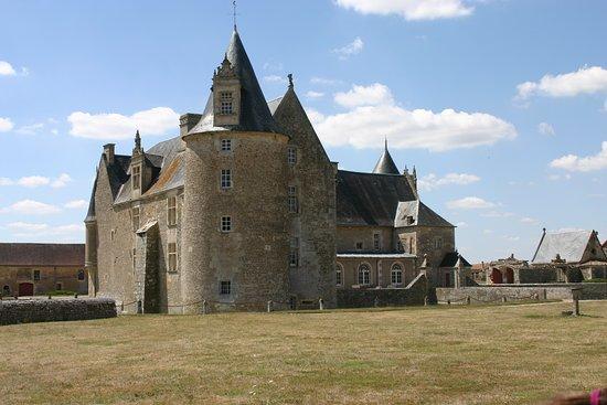 Chateau de Saveilles