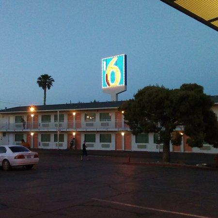 Motel 6 Las Vegas - Tropicana: photo2.jpg