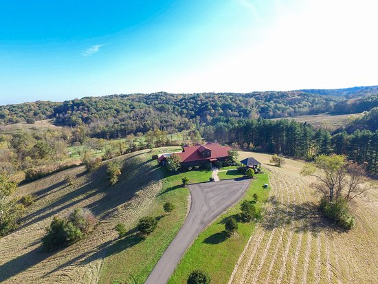 Chalets in Hocking Hills: Arial Shot of the Big Sky Lodge