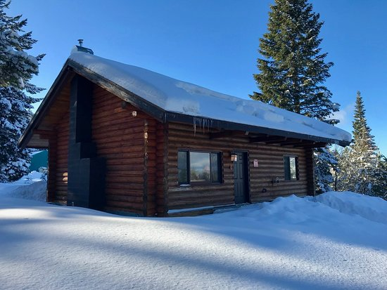 Cooper Spur Mountain Resort: Cabin 5 in all its glory.