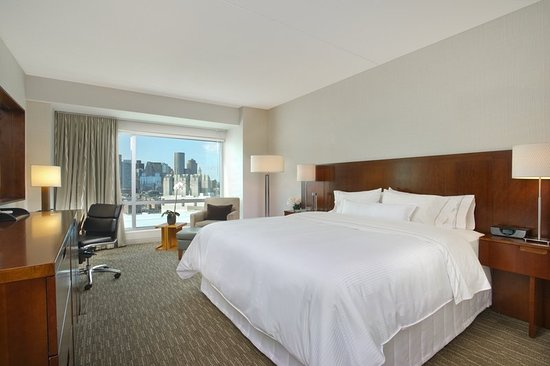 The Westin Boston Waterfront: Guest room