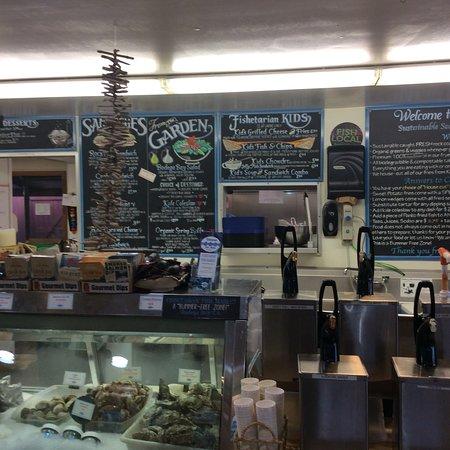 Fishetarian fish market bodega bay 2018 all you need for Fish market hours