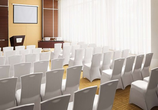 Courtyard by Marriott Kochi Airport: Meeting room