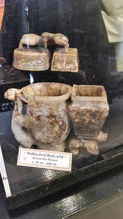 Wo Hing Temple Museum: Very old Jade wedding cup