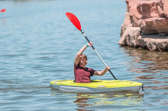 1 or 2 Hour Kayak Rental at Lake Las...