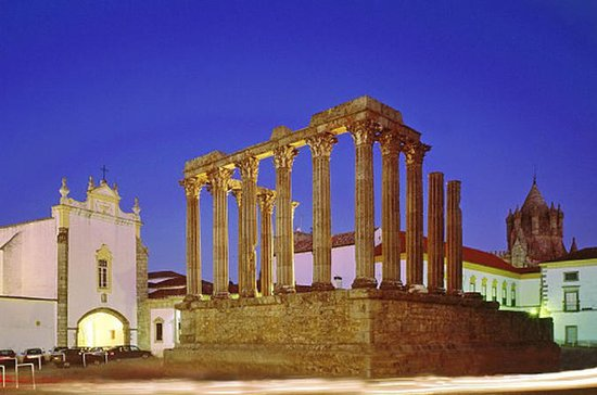 Évora PRIVATE Tour with Winery and...