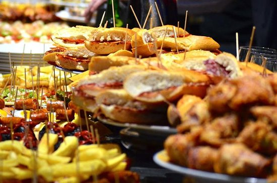 San Sebastian pintxo and wine tour