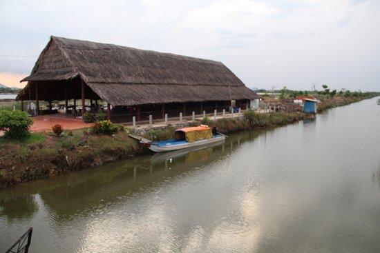 Ha Tien, Vietnam: VISITE DE LAC