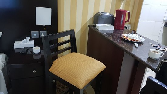 Asfar Hotel Apartment: 20180228_072123_large.jpg