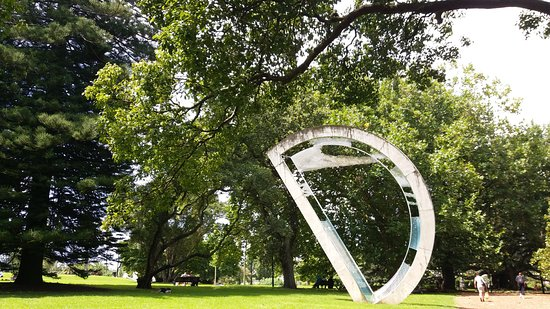 Le parc Albert : Albert Park Auckland has several master pieces like this one!