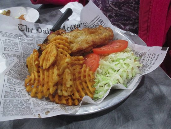 Route 47 Pub & Grill: hHicken with Waffel Fries
