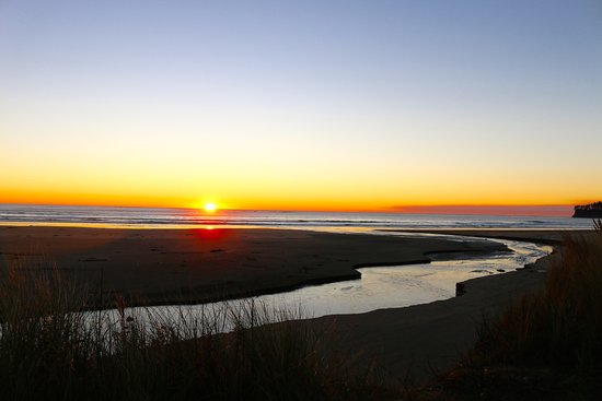 Hobuck Beach Resort : Sunset on Neah Bay