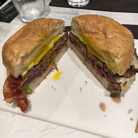 Ristorante l 39 officina dell 39 hamburger in milano con cucina americana - Cucina americana milano ...