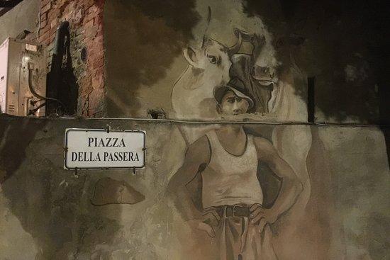 Il Barrino - l'Ombelico del Mondo: la piazza accanto al Barrino