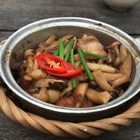 Cau Go Vietnamese Cuisine Restaurant: photo2.jpg