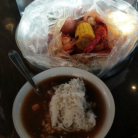 Gumbo and boil crawfish and shrimp - Picture of Cajun Boiling