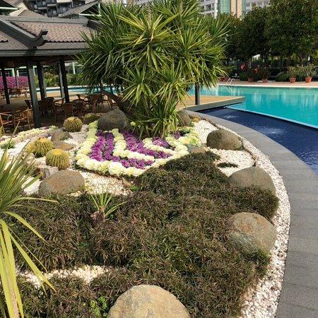 Foto de limak lara de luxe hotel resort antalya ta img - Gartenanlage mit pool ...