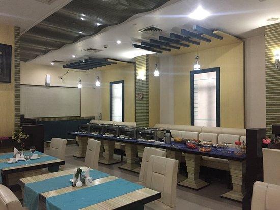 Hotel Nakshatra: Good spread in restaurant