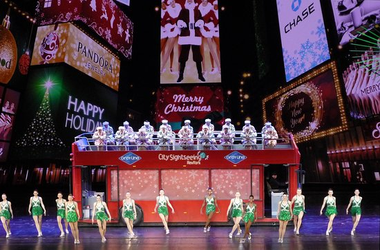 A scene from the Christmas Spectacular Starring the Radio City ...