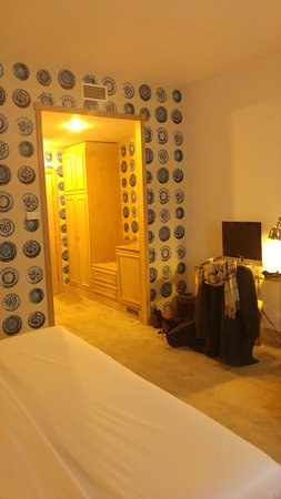 Friday Hotel Prague: looking towards entrance, double modern room