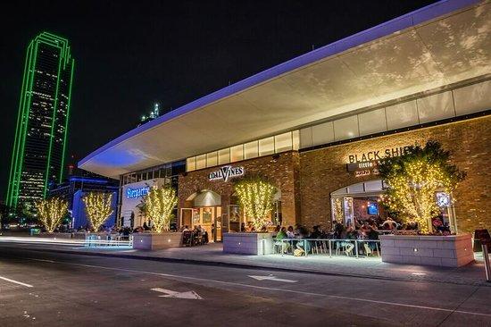 Omni Dallas Hotel Restaurants On Lamar Downtown Views