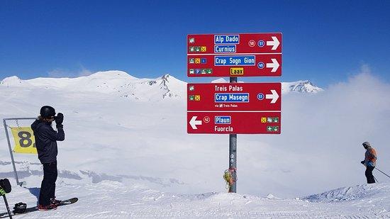 Flims Laax Falera Ski Resort: 20180226_113510_large.jpg