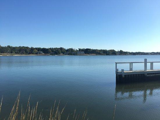 Hampton Bays, NY: Docking area