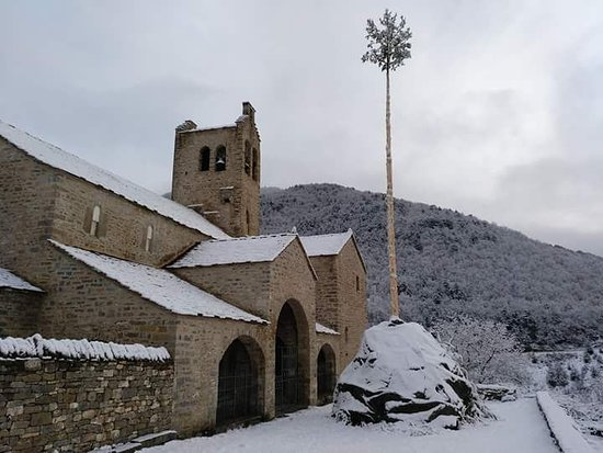 Linas de Broto, Spain: Iglesia de San Miguel