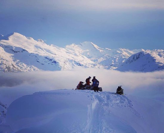 Pemberton, Canadá: The riding is endless here. Everything from my favorite tree riding zones on the planet to this!