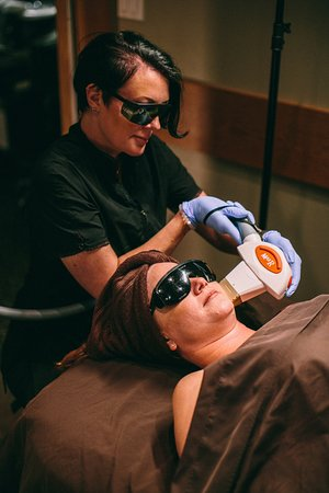 Surrey, Canadá: IPL, Laser Hair Removal & Fractional Clinical Treatments