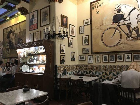 Restaurant Gats Barcelona : Els quatre gats barcelona art culture app