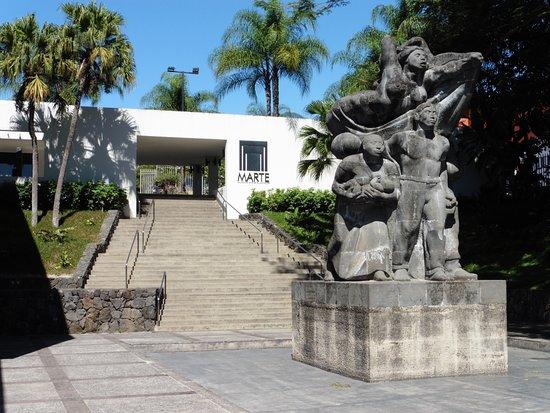 Iglesia El Rosario: Cartoline da San Salvador, El Salvador
