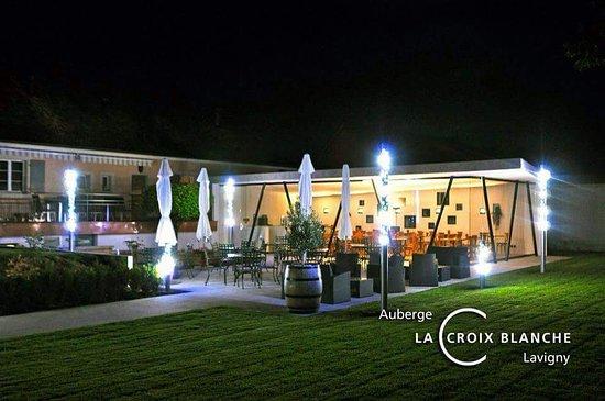 Restaurant de la Croix Blanche: La terrasse