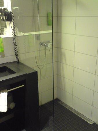 Glaswände Bad glaswand im bad picture of riku hotel memmingen hallhof memmingen