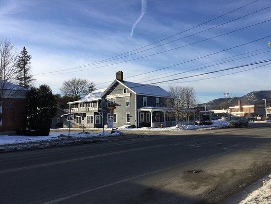 Elizabethtown Photo