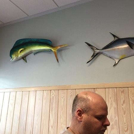Hoskins Restaurant : Wall art