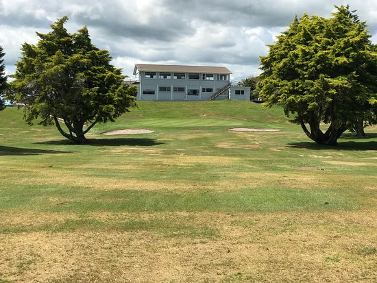 New Plymouth, Yeni Zelanda: 18th green in front of the clubhouse